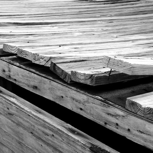 Deck---iStock-146749289